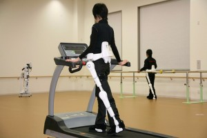 made-in-germany-rs-cyberdyne-care-robotics02