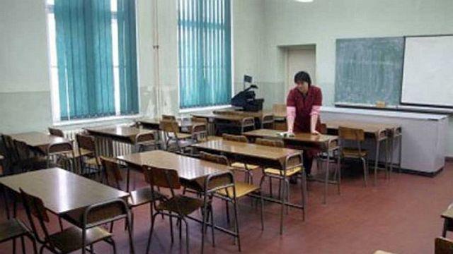 Migranti u Šidu krenuli u osnovnu i srednju školu