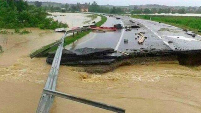 Nezapamćene poplave na zapadu Nemačke