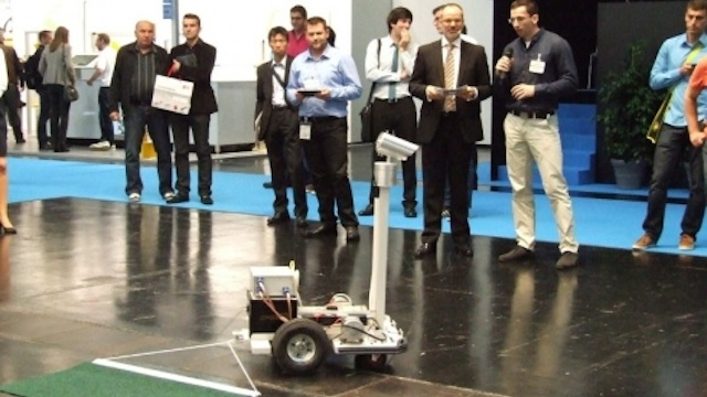 made-in-germany-rs-niski-robot