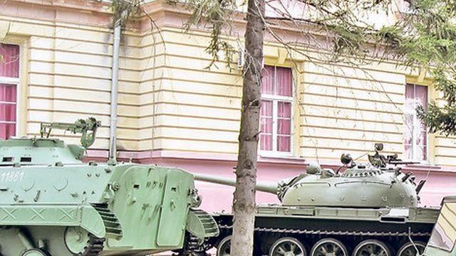 Srbija prodaje 23 vojna kompleksa