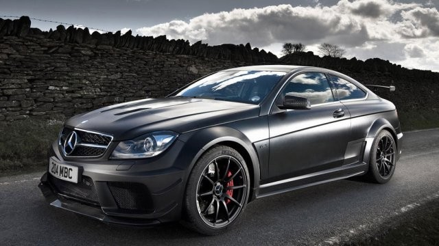 Mercedes povlači dizelaše da bi im unapredio motore