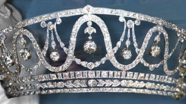 U Nemačkoj ukradena tijara sa 367 dijamanata