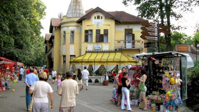 Dodatni vaučeri za odmor u Srbiji