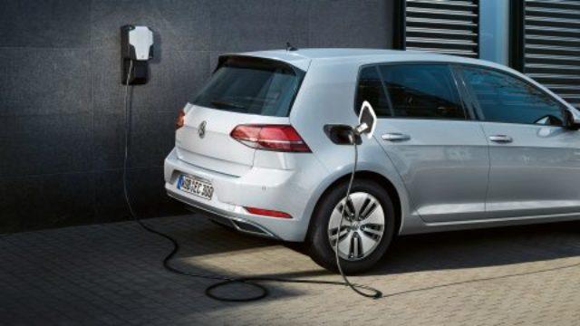VW duplira proizvodnju e-Golfa