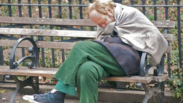 Noćni klubovi ustupaju prostorije beskućnicima