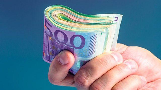 Ništa ne rade, a mesečna plata 1.200 eura