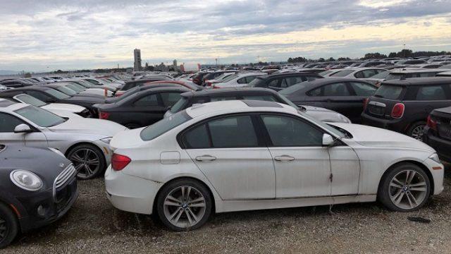 """I BMW ima """"groblje"""" za 3.000 novih automobila"""